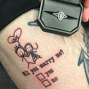 a42f37682 Tattoo Artist Makes The Riskiest Wedding Proposal Ever By Inking 'Yes' Or  'No' Checkboxes On His Leg