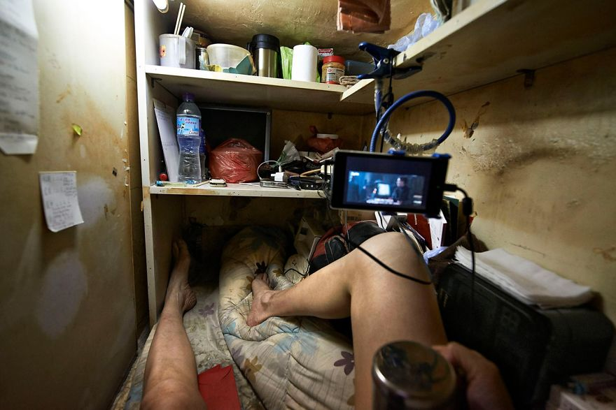 Shocking Photos Reveal Life Inside Coffin Cubicles In Hong - 10 shocking photos inside hong kongs coffin cubicles