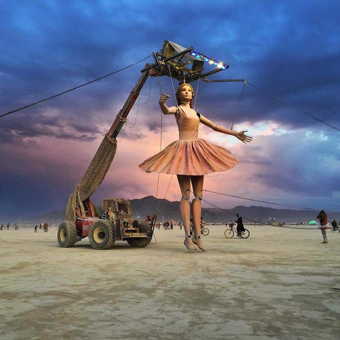 Burning Man, el festival que destapa los looks más