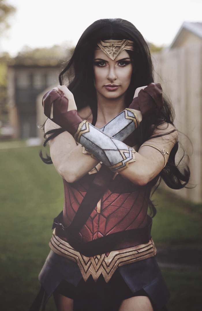 A Real Wonder Woman Spends 50 Hours And 30 On Crafting