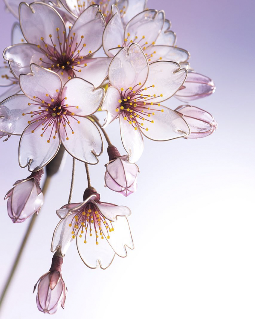 Artist Creates Incredibly Fragile Hairpins That Can Also