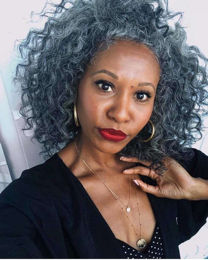 These 50 Women Refuse To Dye Their Hair And Look Amazing Anyway ...