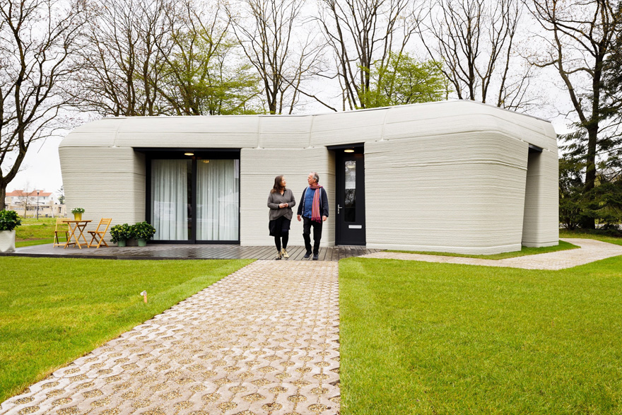 Dutch Couple Moves Into The First 3D-Printed Concrete House In The Netherlands