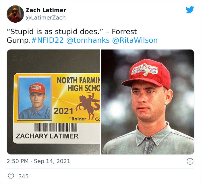 This High School Allowed Seniors To Wear Costumes In Their Student IDs, And They Absolutely Nailed It (30 New Pics)